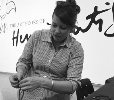 FEATURED MEMBER ARTIST – JANUARY: JASMINE CLAYTON/KURIER
